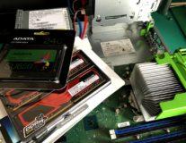 古河市-富士通製D588/BWメモリ交換+SSD換装作業